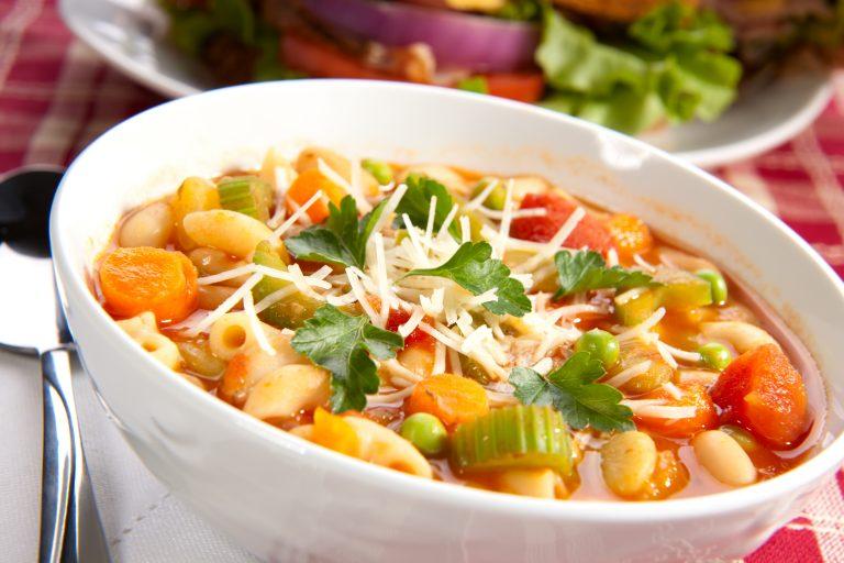 Ma-se-strone – minestrone soup
